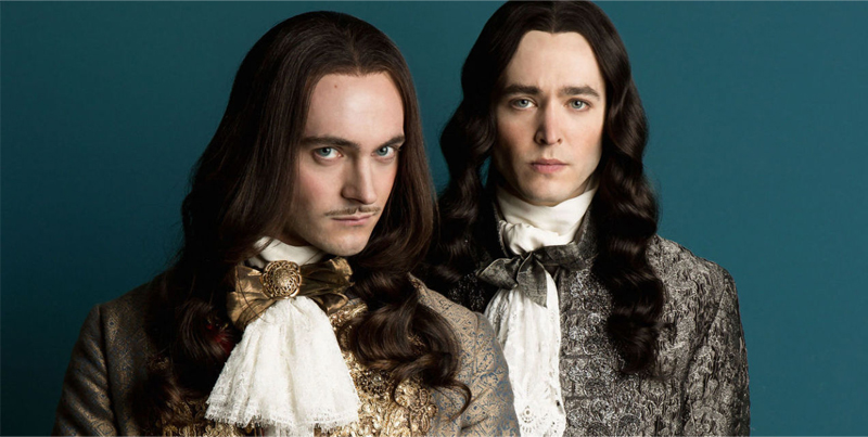 Série Versailles - Louis XIV, Filipe de Orleans, intrigas, etiqueta e moda