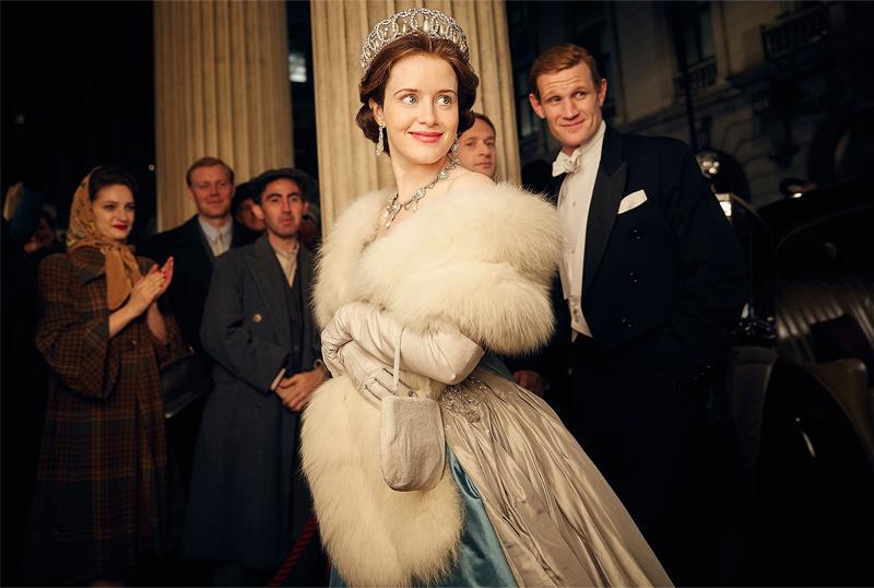 Claire Foy como rainha Elzabeth em The Crown
