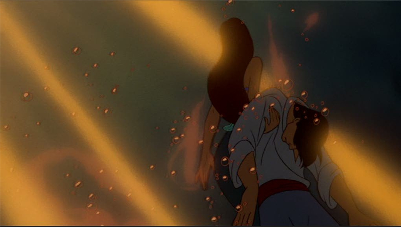 A Pequena Sereia Ariel salva Eric