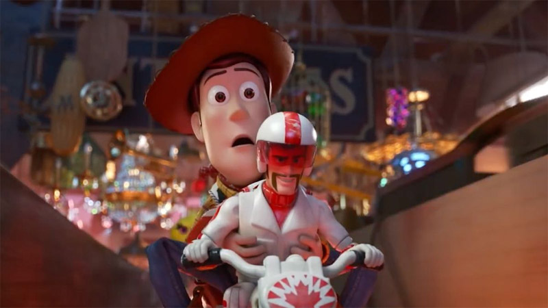 Toy Story 4 - Novo trailer revela personagem de Keanu Reeves
