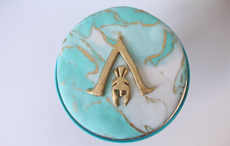Meu bolo de aniversário com o tema Assassin's Creed Odyssey.